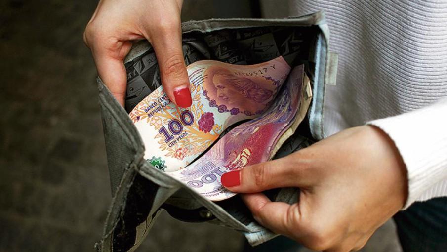 Después de Venezuela, Argentina tiene el salario mínimo más bajo ...